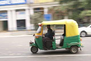 Schnellste Verbindung in der Stadt: die Auto-Rikscha