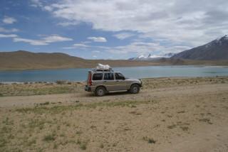 Mit dem Jeep im Hochland von Changtang unterwegs