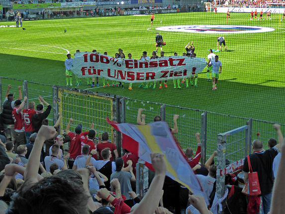 Vor dem Spiel beim SC Freiburg im Dreisamstadion