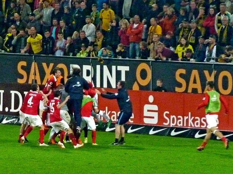 Sekunden vor dem Abpfiff erzielt Mainz den Ausgleich