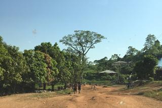 Der Start der unbefestigten Straße nach Mapuma