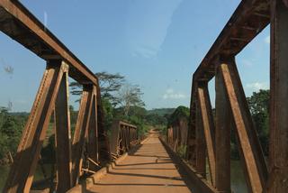 Überfahrt über den Moa-Fluss