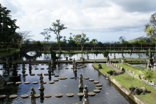 Der Wasserpalast in Tirta Gangga
