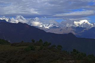 Die Langtang-Kette bildet die Grenze zu Tibet